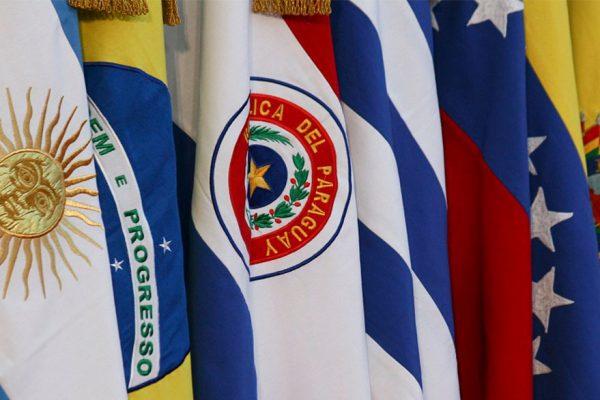 Paraguay y Colombia critican expulsión de embajadora de UE en Venezuela