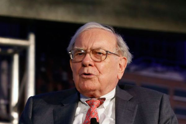 Warren Buffet dice que mercado de criptomonedas tendrá un mal final
