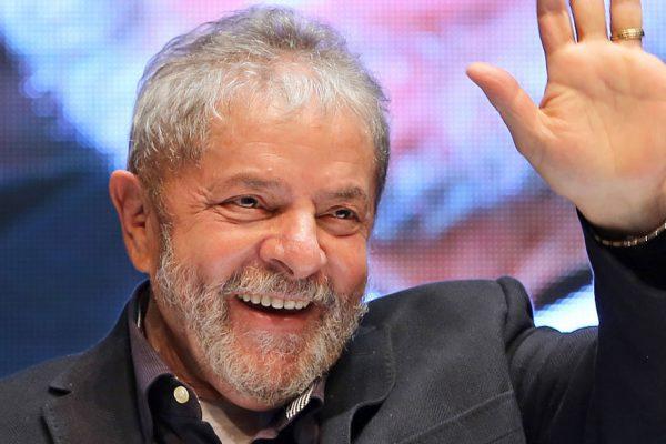 Lula afirma que será candidato a la Presidencia en 2018