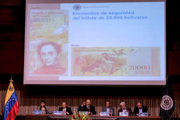 Reportan que algunos comercios no reciben billetes de 20.000 Bs. por falta de efectivo