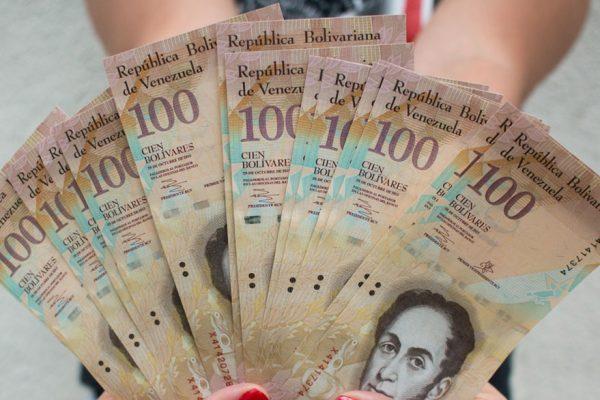 Viceministro Pérez: Billete de 100 bolívares ya puede ser desmonetizado