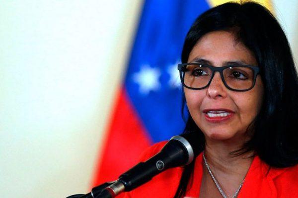 Canciller Delcy Rodríguez exigió a Uruguay respeto tras declaraciones contra Maduro