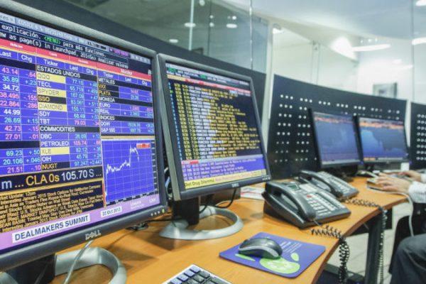 Bonos soberanos cierran la jornada con aumento de 0.18 puntos
