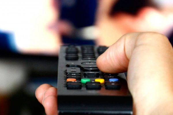 Nielsen: latinos lidian con el #Covid19 con más uso de medios digitales