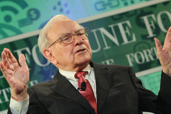 La fortuna de Warren Buffett supera los US$100.000 millones