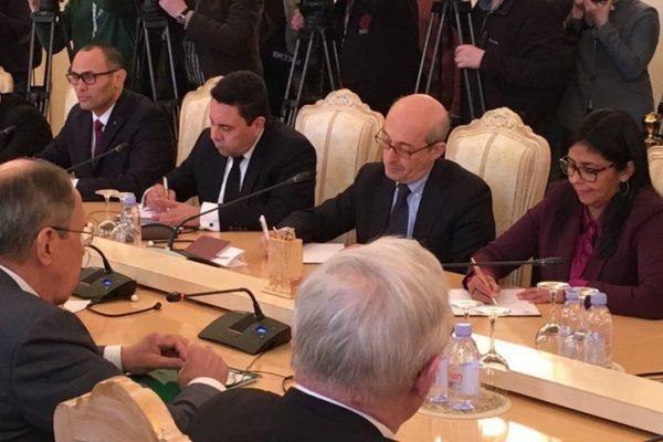 Venezuela y Rusia amplían acuerdos de cooperación económica
