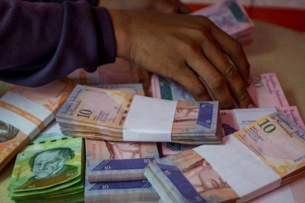 Guerra: Hoy o mañana elevaremos propuesta para enfrentar escasez de efectivo