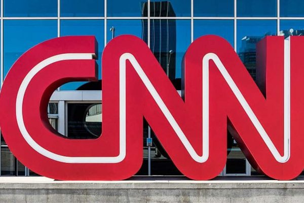 Cableras sacan del aire a CNN