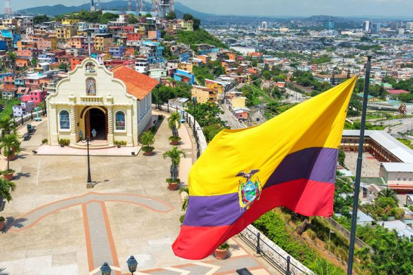 Izquierda y derecha regionales están a prueba en Ecuador