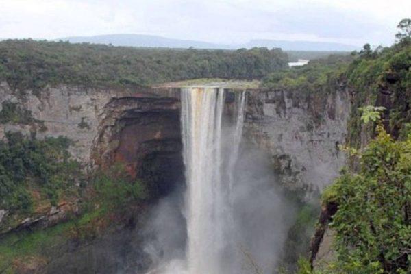 Guyana y Venezuela inician deliberación sobre el Esequibo