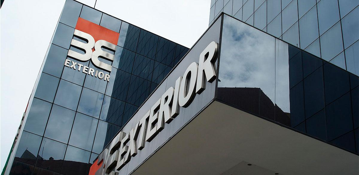Banco exterior celebra sus 60 a os y ratifica su for Banco banco exterior