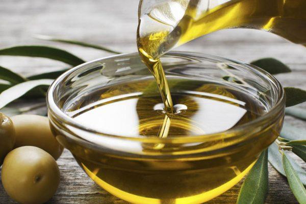 Consumo de aceite de oliva reduce riesgo de cáncer de mama