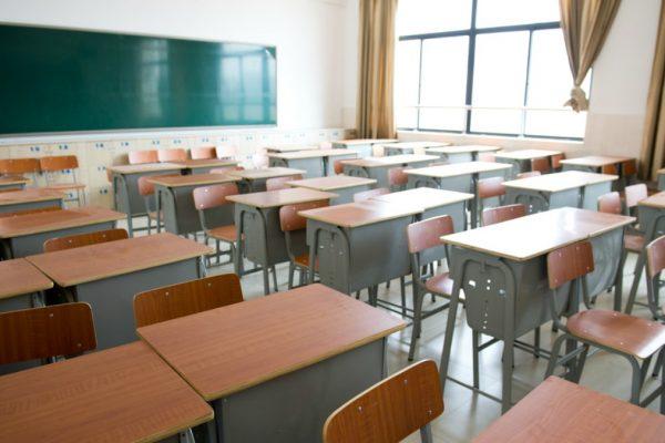 Afirman que colegios se verán obligados a subir matrículas tras aumento salarial