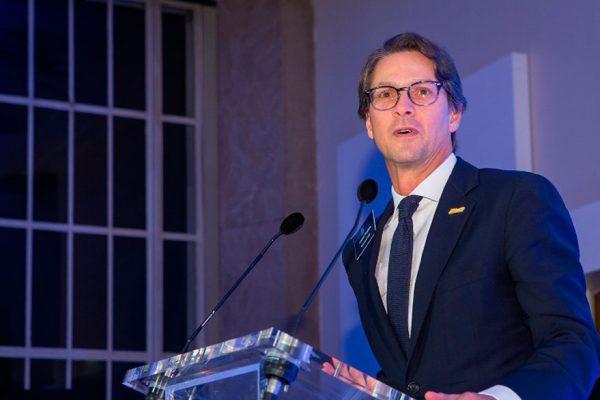 Lorenzo Mendoza recibió reconocimiento empresarial en Londres