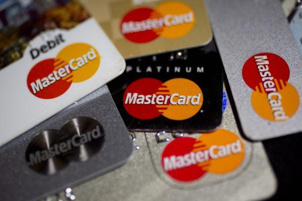 MasterCard supera estimaciones de ganancias en primer trimestre