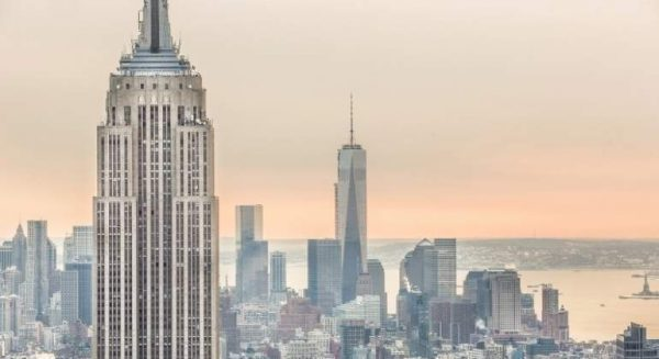 Reventa de viviendas baja en EEUU pero los precios alcanzan niveles récord