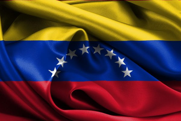 Francia insta a mediación internacional confiable para poner fin a la crisis en Venezuela