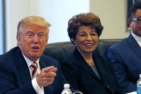 Trump nombra a la hispana Jovita Carranza tesorera de su Gobierno
