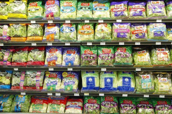 EEUU: Retiran ensaladas envasadas tras hallar murciélagos en bolsas