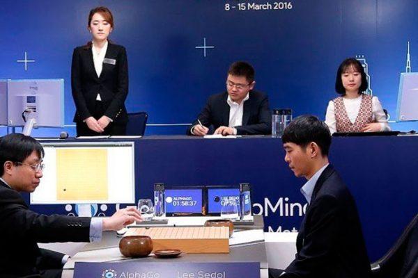 El ordenador AlphaGo vence por tercera vez al genio chino del go y se jubila