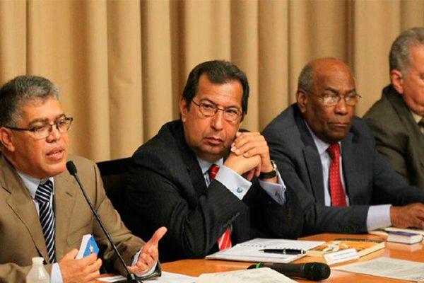 Jaua: Fedecámaras tiene intención de participar en diálogo de la Constituyente