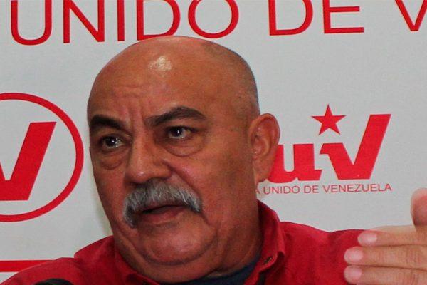 El chavismo se moviliza en Caracas para rechazar