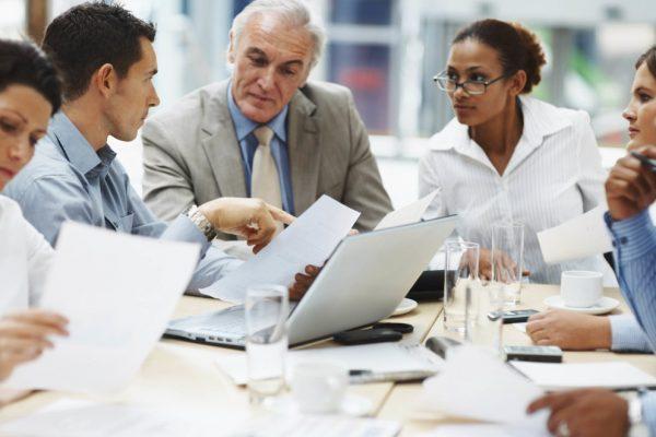 Aprende a transmitir tus ideas sin abrumar a tu equipo