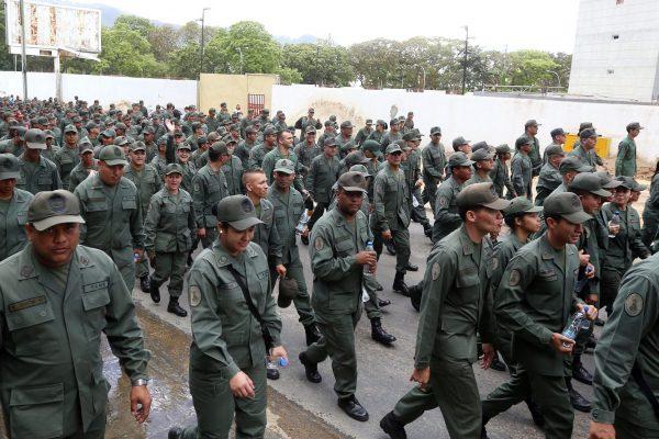 Al menos 123 miembros de la FANB han sido detenidos desde que iniciaron las protestas