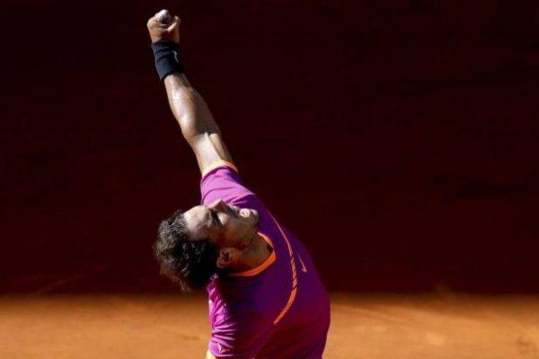 Santander firma con Rafael Nadal y se lo arrebata a Sabadell