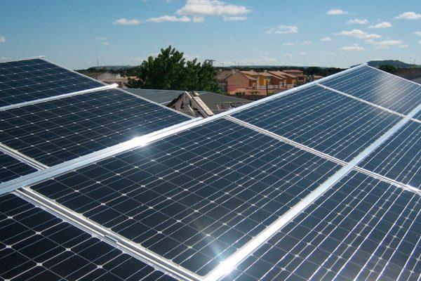 Inversiones en energías renovables caen ligeramente en 2018 a causa de China