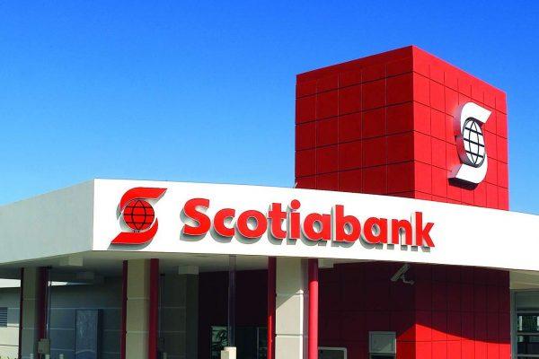 Scotiabank consigue impulso de su negocio internacional y dice que puede realizar compras
