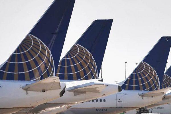 United Airlines planea suspender a 36.000 trabajadores por impacto del coronavirus