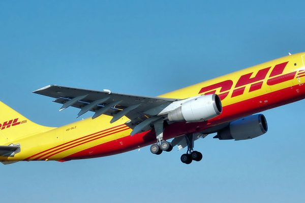 DHL suspende su servicio de carga entre Estados Unidos y Venezuela