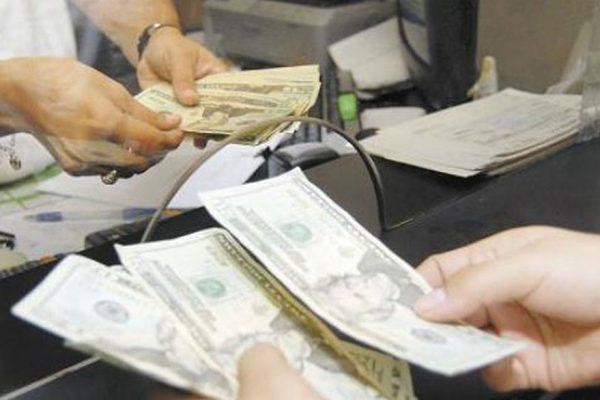 Dólar bancario experimenta incremento de 0,99% y alcanza un precio de Bs.3.178.517,08