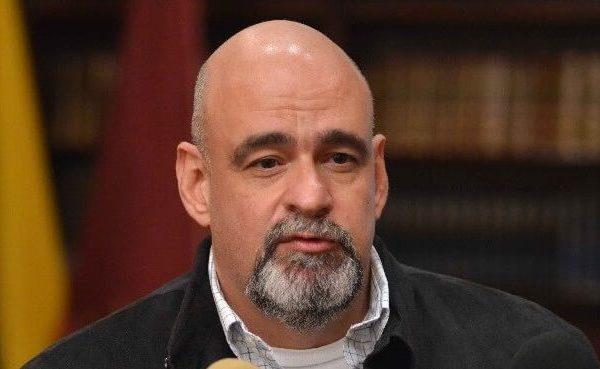 Ameliach renuncia a gobernación de Carabobo para postularse a la Constituyente