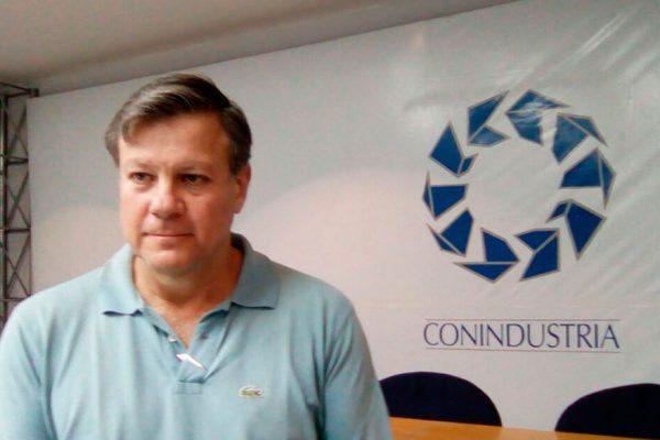 Olalquiaga: Ejecutivo está enjaulado en un modelo económico fracasado