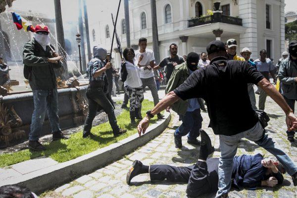 Hechos violentos en la AN fueron rechazados de manera contundente a nivel internacional
