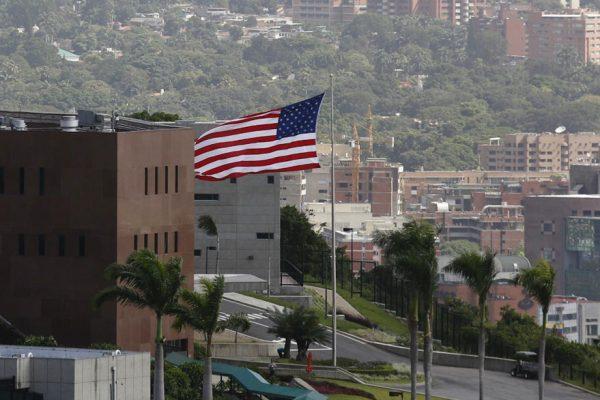 Diplomáticos estadounidenses pueden regresar a Venezuela