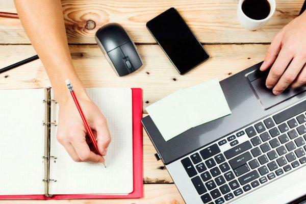 Conozca los siete hábitos nocivos para el profesional freelance y aprenda cómo cambiarlos
