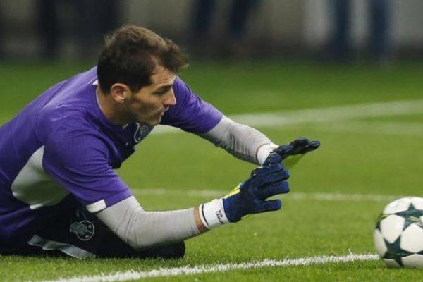 Iker Casillas jugará otra temporada en el Porto