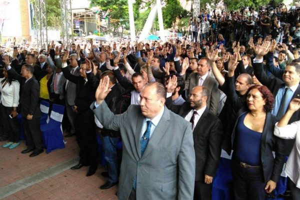 Magistrados continúan asilados en embajada de Panamá en Caracas