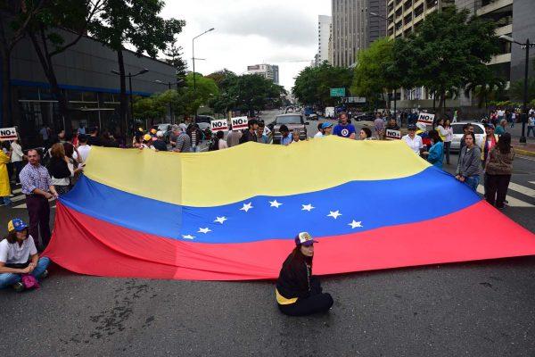 Venezolanos en Bogotá llaman a plantón mundial por la libertad