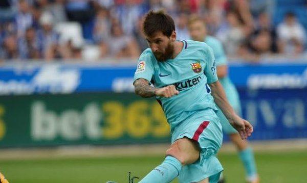 Doblete de Messi le da la victoria al Barcelona frente al Alavés en Liga española
