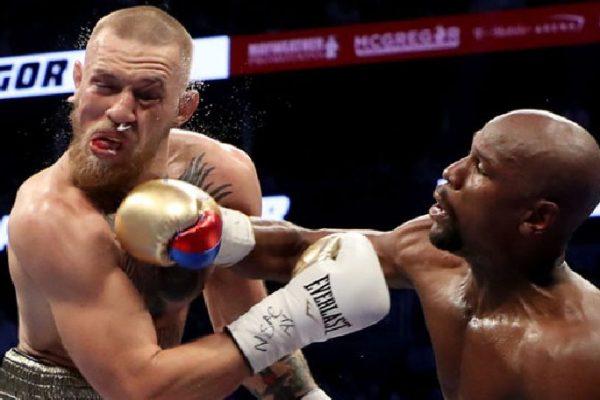 Mayweather derrotó a McGregor por nocaut técnico en el décimo asalto