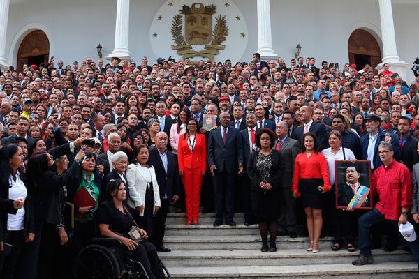 Maduro: Asamblea Nacional Constituyente actuará contra quien no respete control de precios