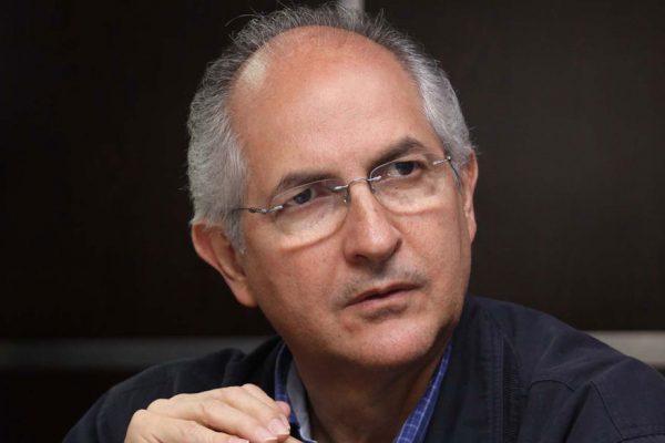 Antonio Ledezma pide un cambio de liderazgo en la oposición