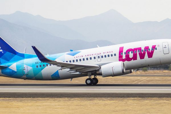 La aerolínea que hace negocio en Venezuela mientras sus rivales huyen del país