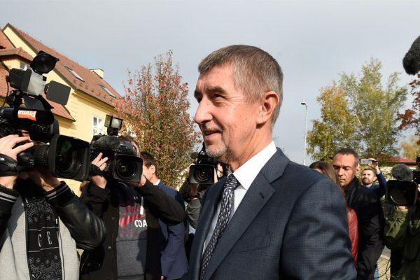 Millonario populista gana elecciones en República Checa