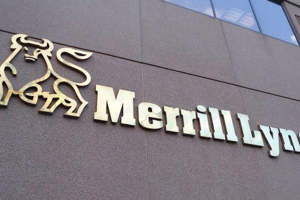 Merrill Lynch recibe multa por ocultar operaciones con derivados en el Reino Unido