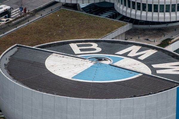 BMW prevé reiniciar producción en China